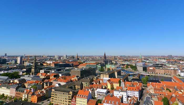 デンマークはなぜ幸福度が世界一高いか